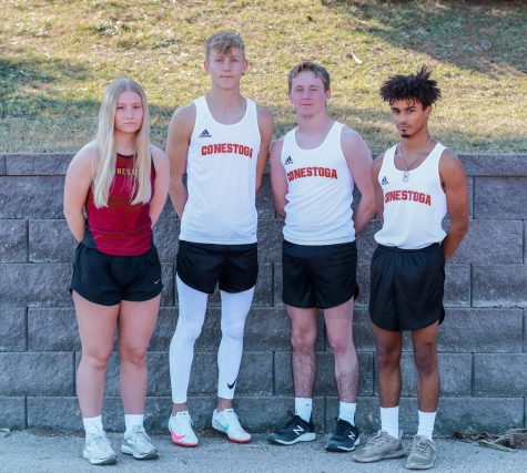 2021 Seniors (L to R): Naomi Simones, Lane Fox, Dawson Hardesty and Anthony Baker